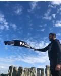 Στο Στόουνχετζ παρέα με κασκόλ του ΠΑΟΚ (pic)
